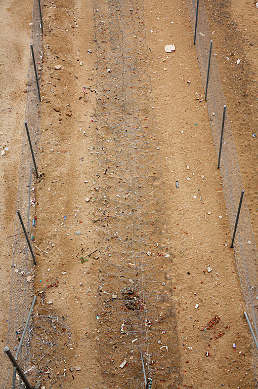 Untitled (Border Fence between Zimbabwe and South Africa) 2009
